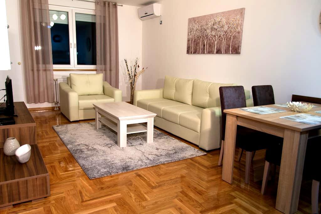 Premium Apartment 20 - Novi Sad - Apartmen