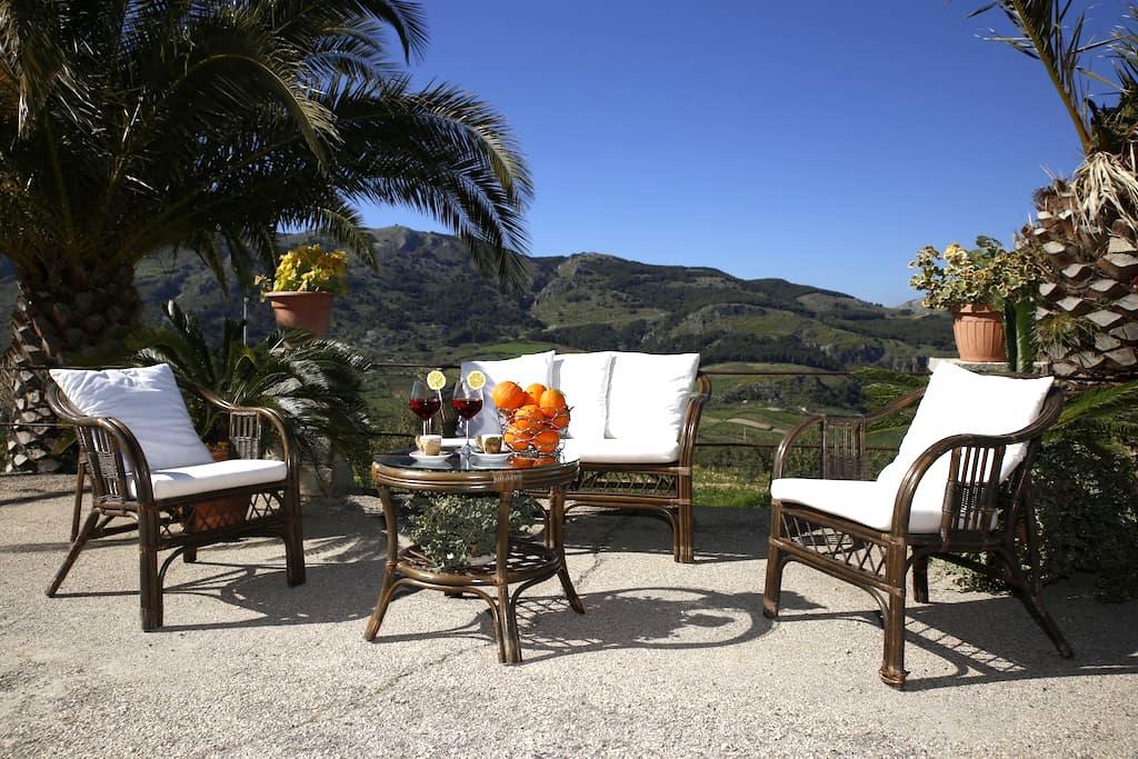 Casa luminosa, location rilassante. - Caltabellotta - House