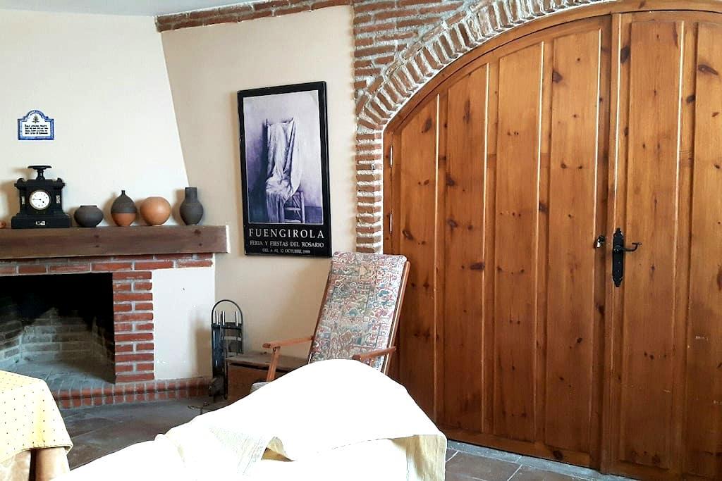Casa con chimenea Monachil - Monachil - House