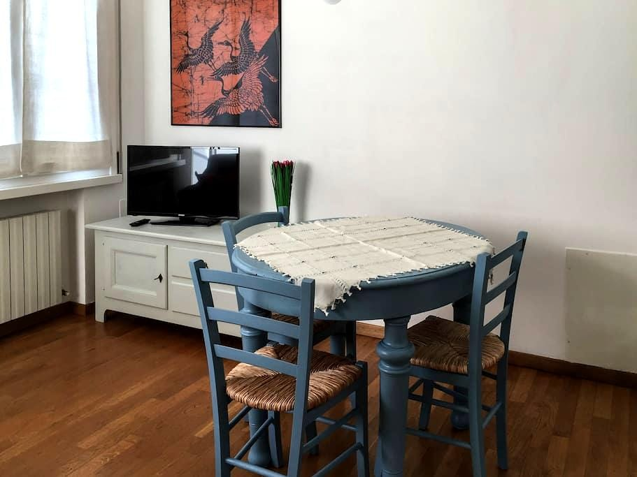 At Leo's - central two-room flat - Ravenna - Wohnung