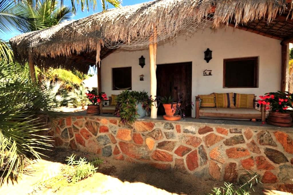 Beautiful space in Todos Santos - Romantic Casita - Todos los Santos - Bed & Breakfast