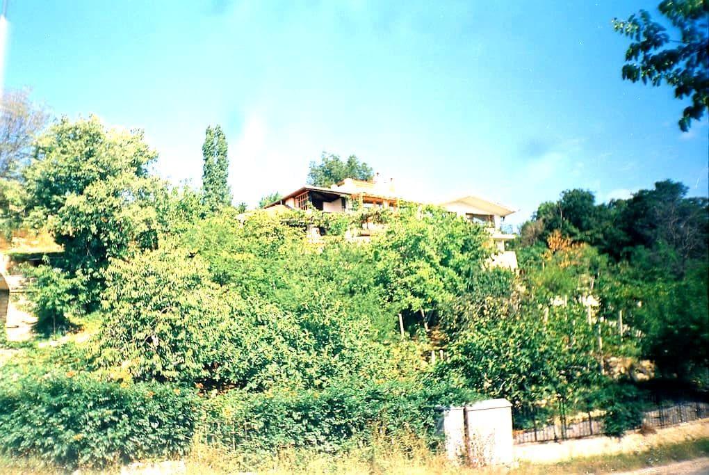 Villa Ramada-just 50m. to the beach - Varna
