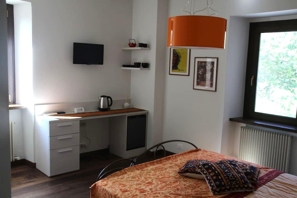 "B&B Cjampà - Camera ""Vigne"" - Savorgnano del Torre - Bed & Breakfast"