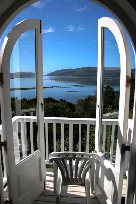 Peace of Paradise Self-Catering Guest Cottage - Knysna - Guesthouse