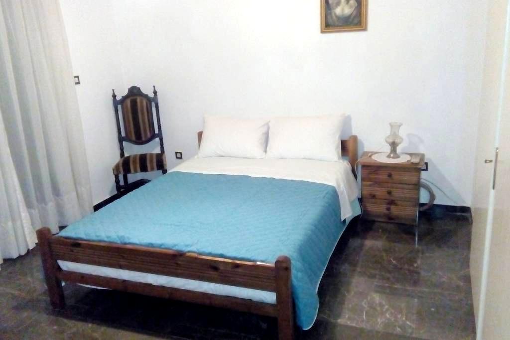 Comfortable house with garden - Mitilini - Casa