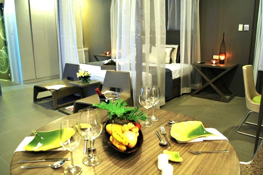 Chic & Affordable Boracay Resort at Station 1 - Malay
