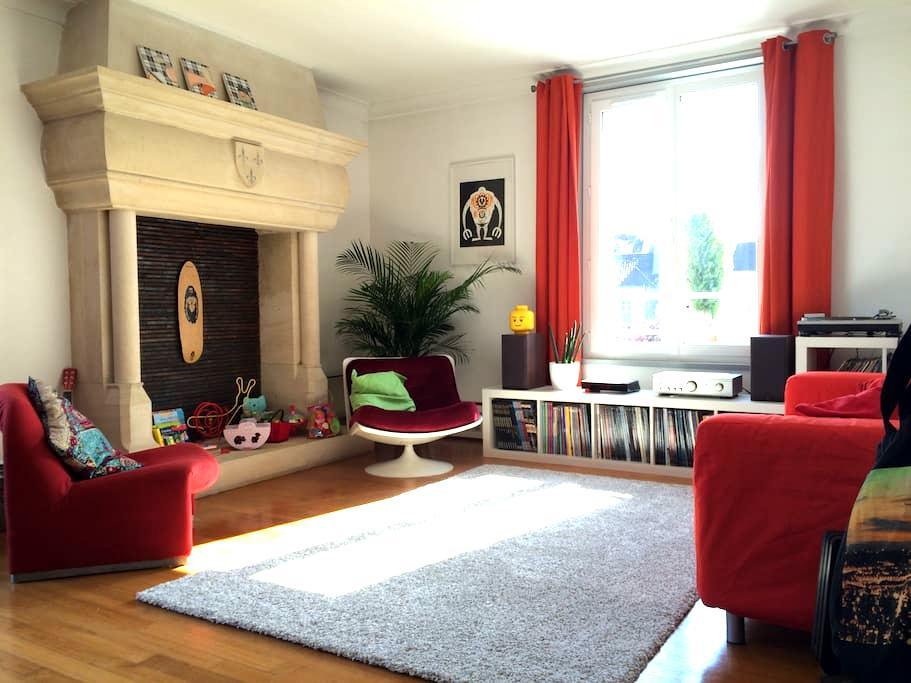 Bel appartement grand et lumineux - Caen - Leilighet