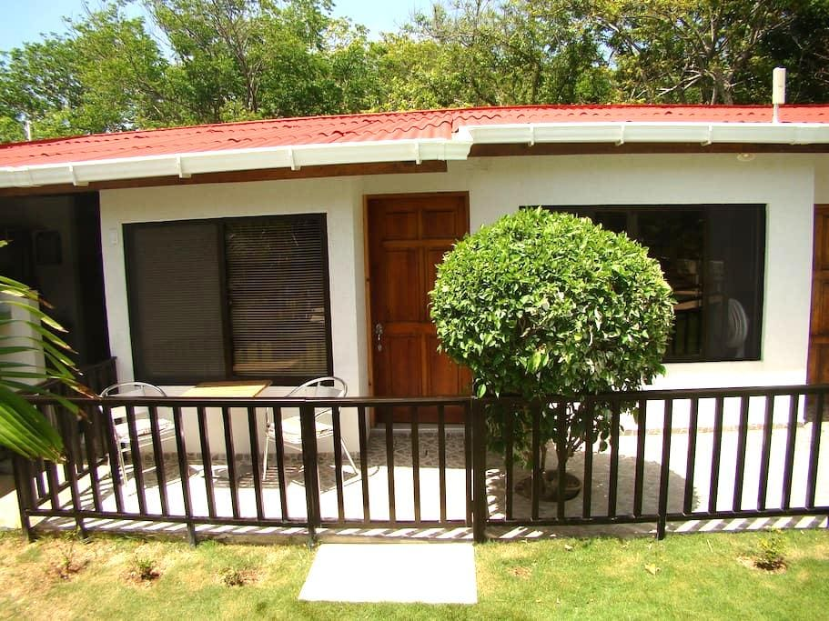 COZY COTTAGE CARIBE HABITACIÓN PEQ. - San Andrés  - 小木屋