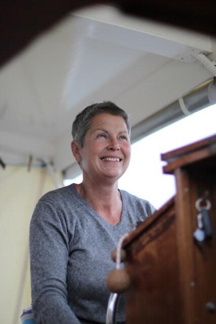 Femme néerlando-française de 57 ans, active, ouver