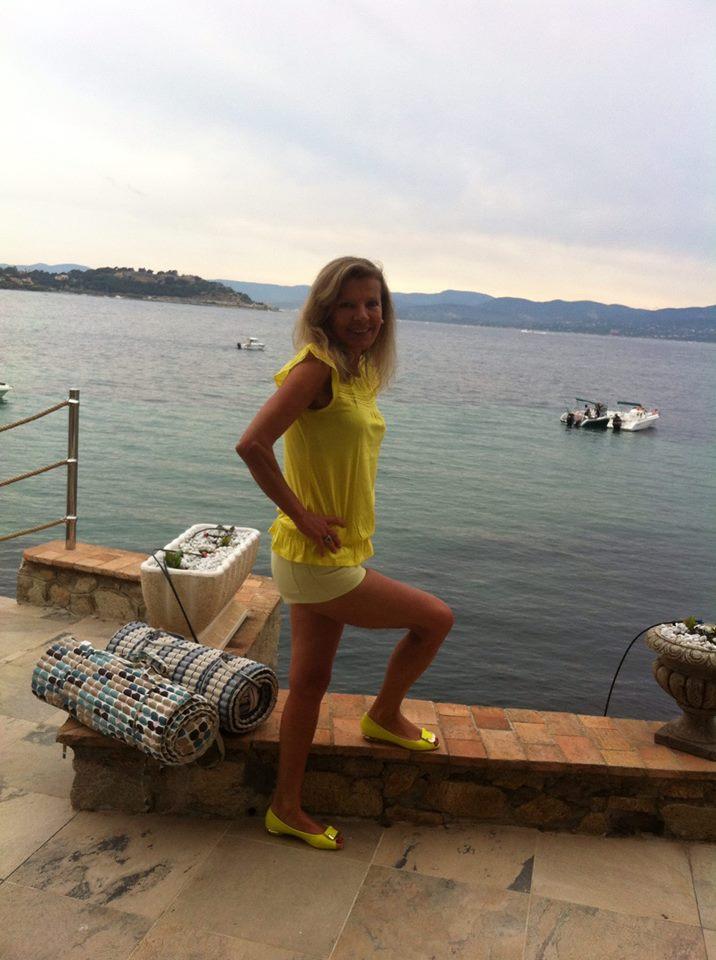 Melina From Geneva, Switzerland