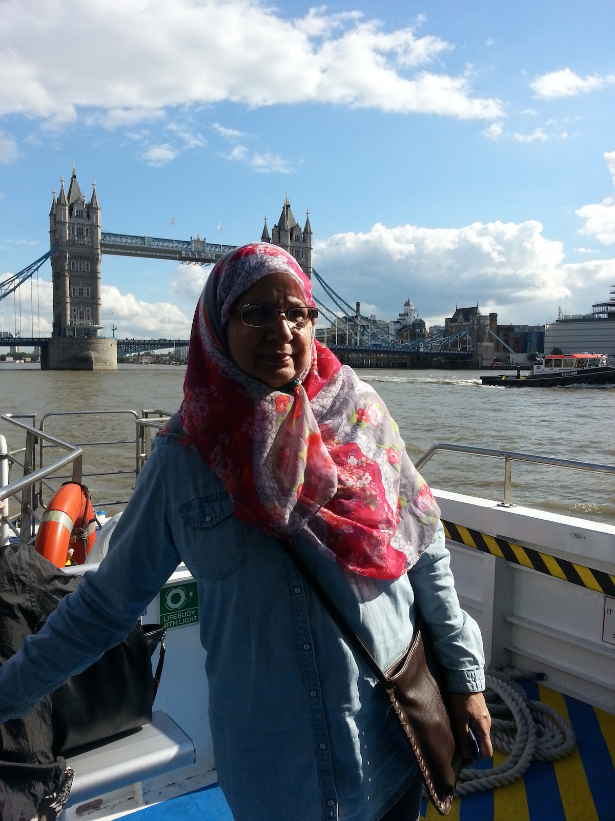 Farida From Ilford, United Kingdom