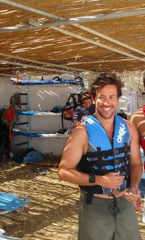 Robert From Kifisia, Greece
