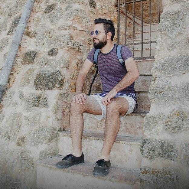Andrea From Commezzadura, Italy