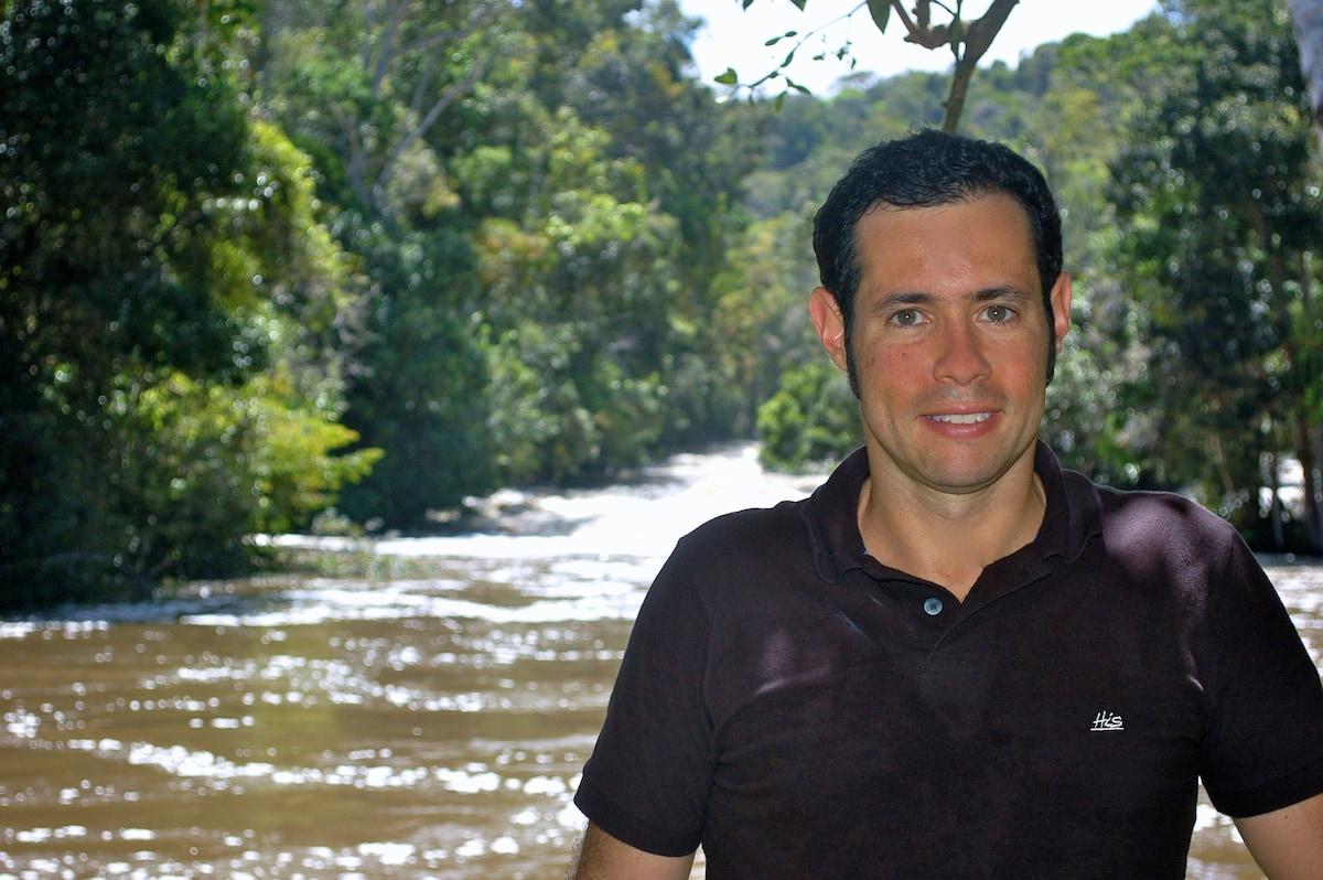 Alex From Mata de São João, Brazil