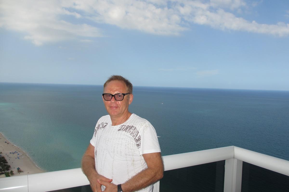 Mike fra Marco Island