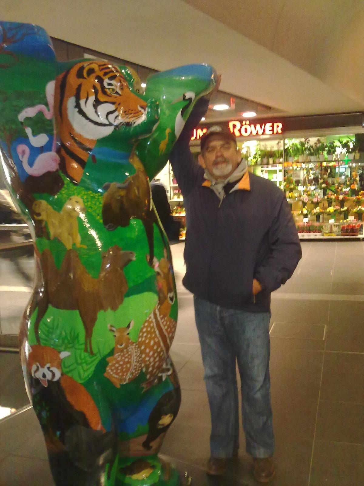 Luis From Torremolinos, Spain