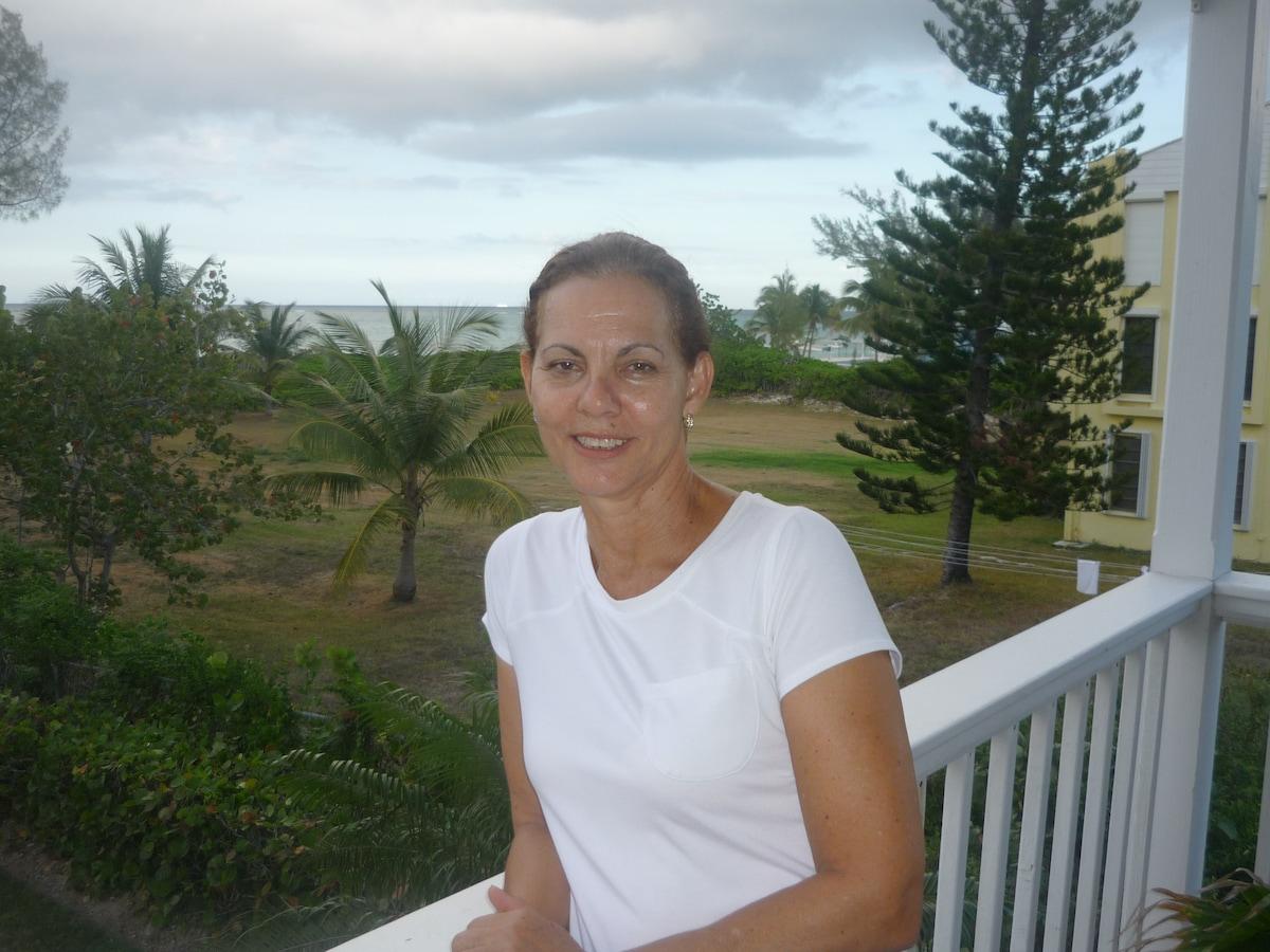 Brenda from Nassau