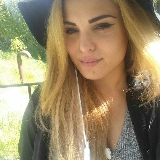Stephanie Linda From Knivsta, Sweden