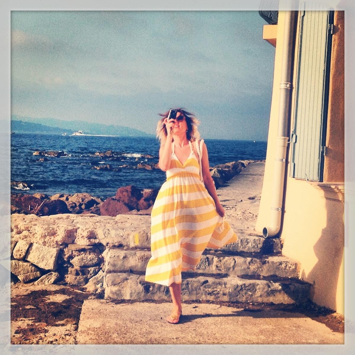 Yulia from Nice