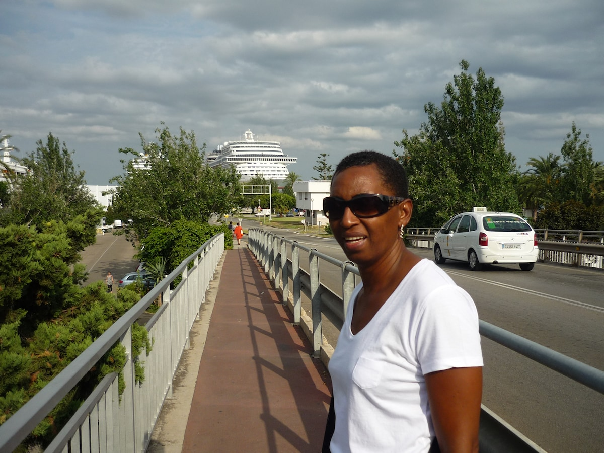 Jacqueline from Sainte-Anne