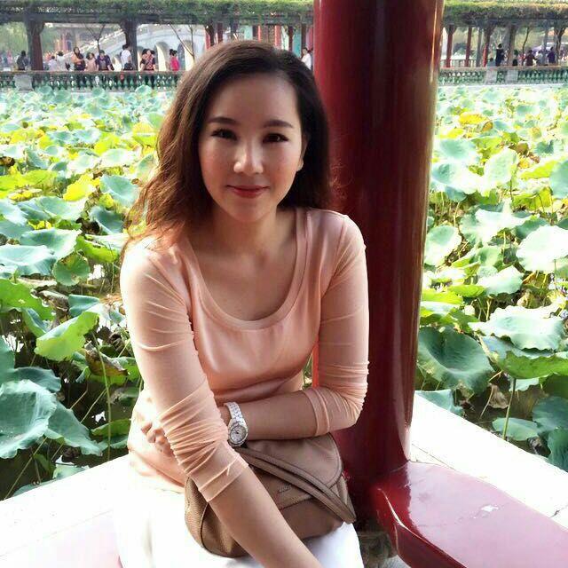 Stella from Zhonghe District