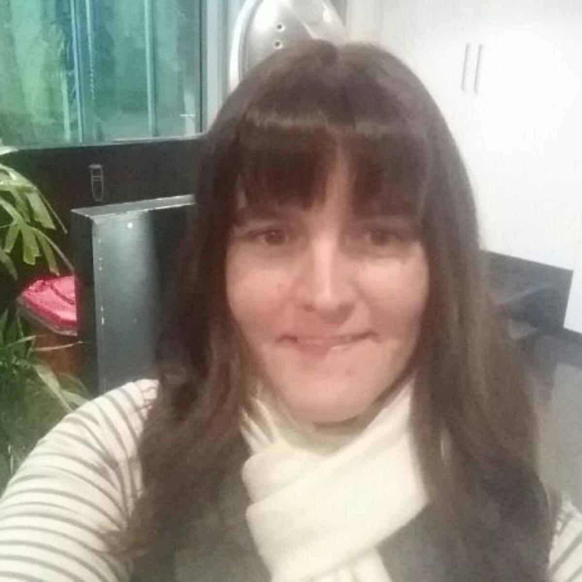 Carly From Rockingham, Australia