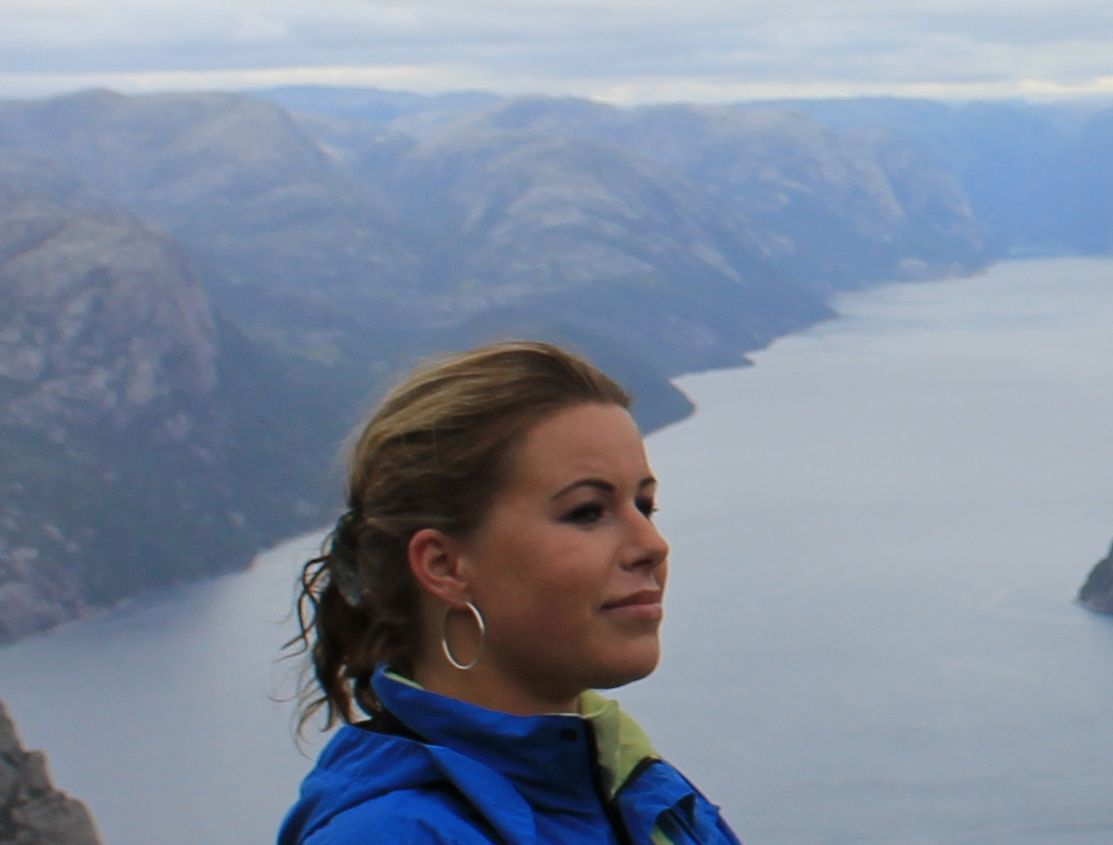 Norwegian woman, like to travel, see new places an