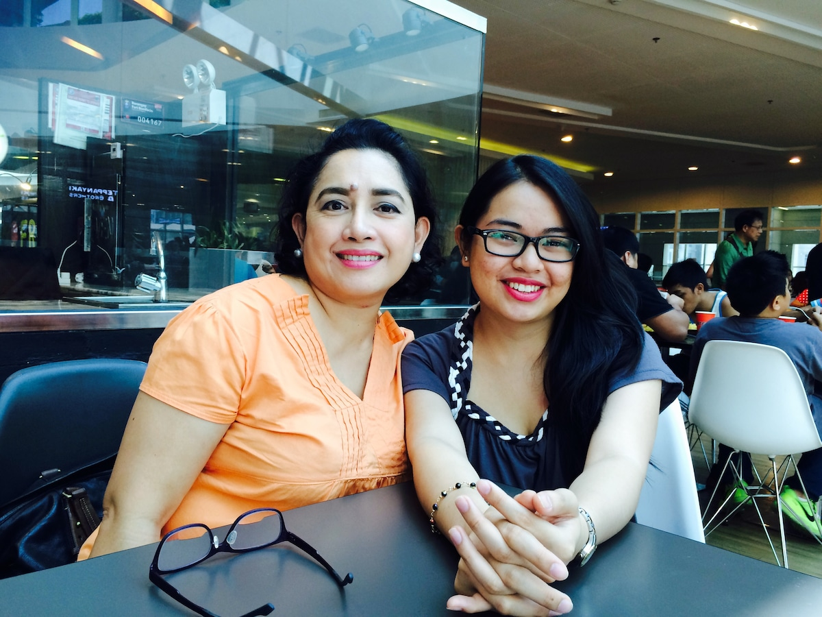 Sochie & Anne From Mandaluyong, Philippines