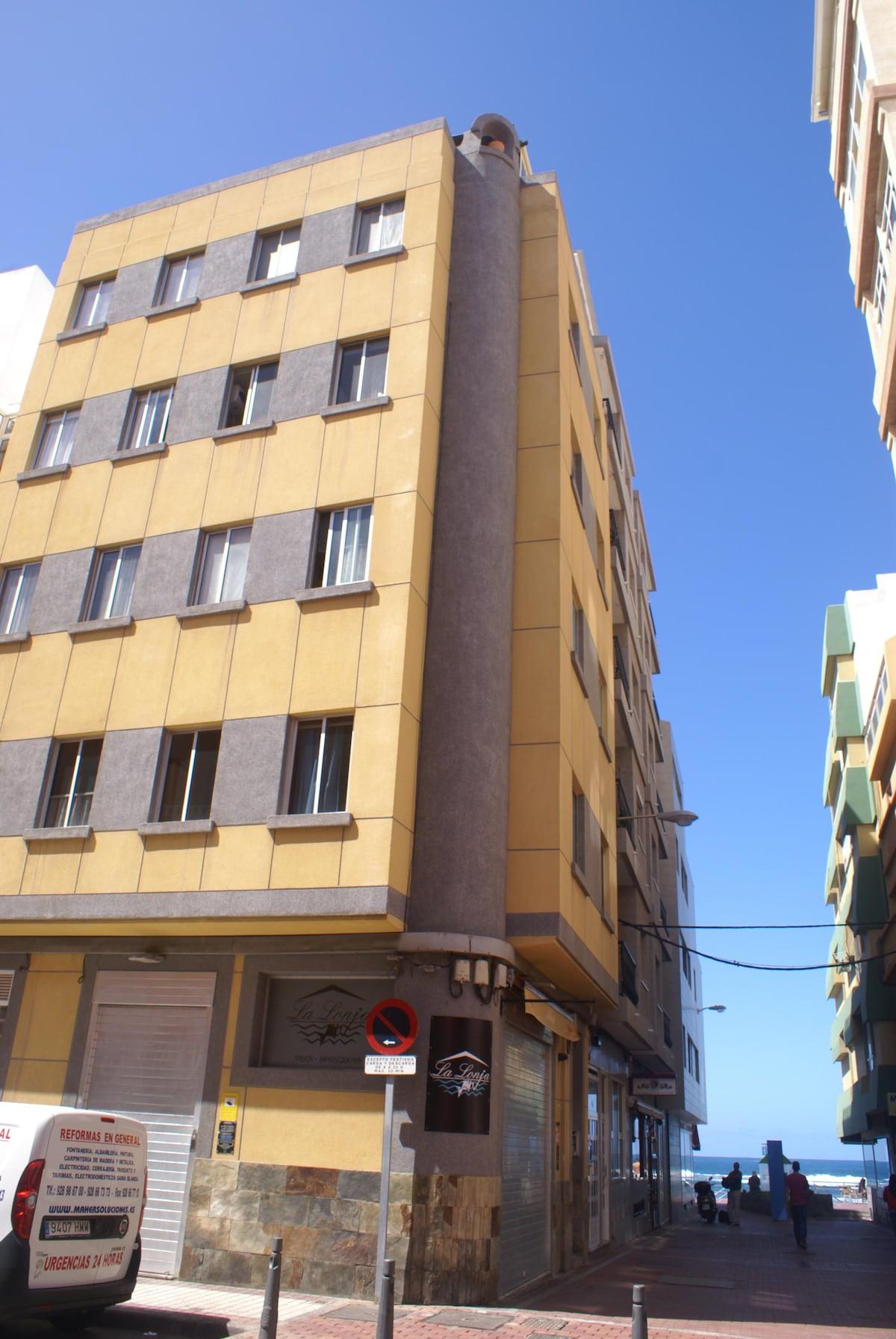 Mario from Las Palmas de Gran Canaria