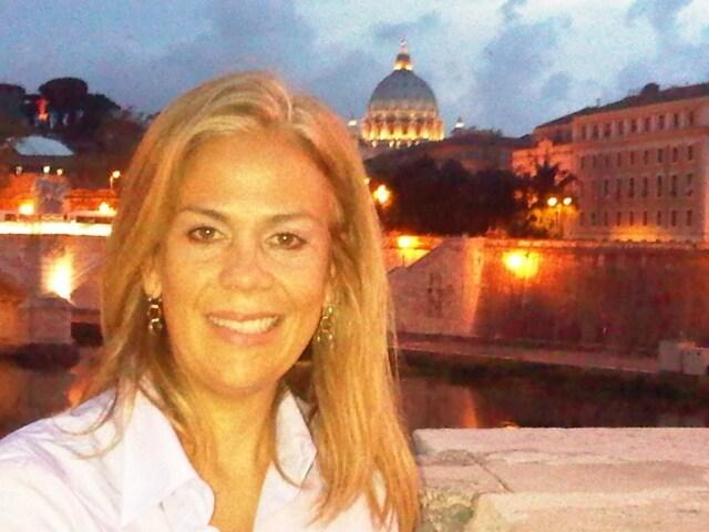 Rosalía from Manzanillo