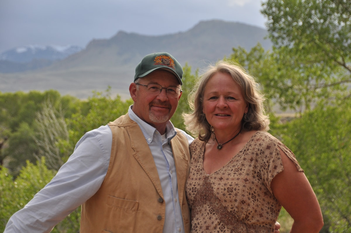 Mike & Linda From Cody, WY