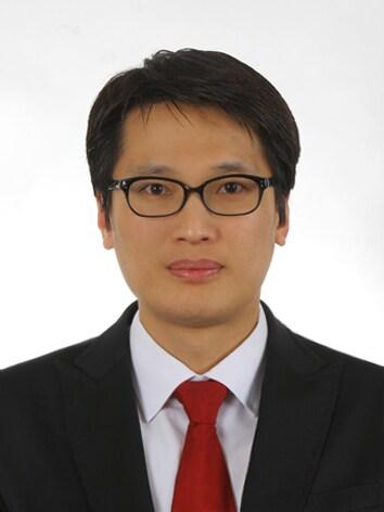 Jeong Kwang