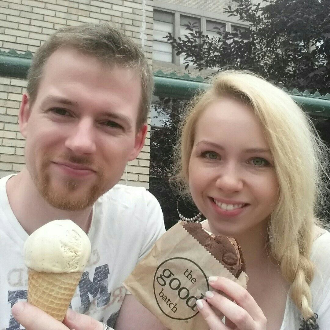 We are a german couple living in Brooklyn :)