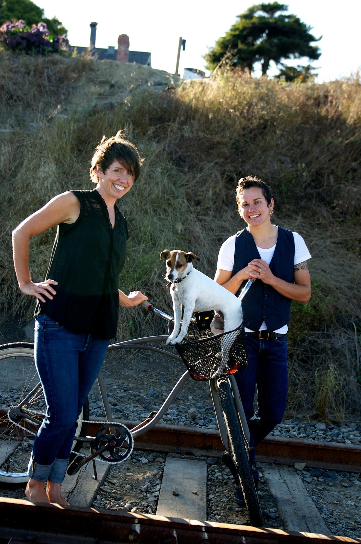 Shannon & Neva from Santa Cruz