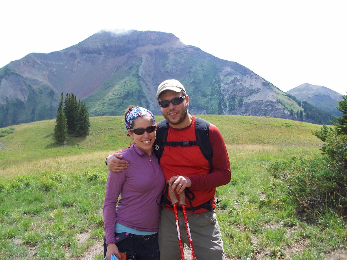 Abbey and Scott are both educators who enjoy hikin
