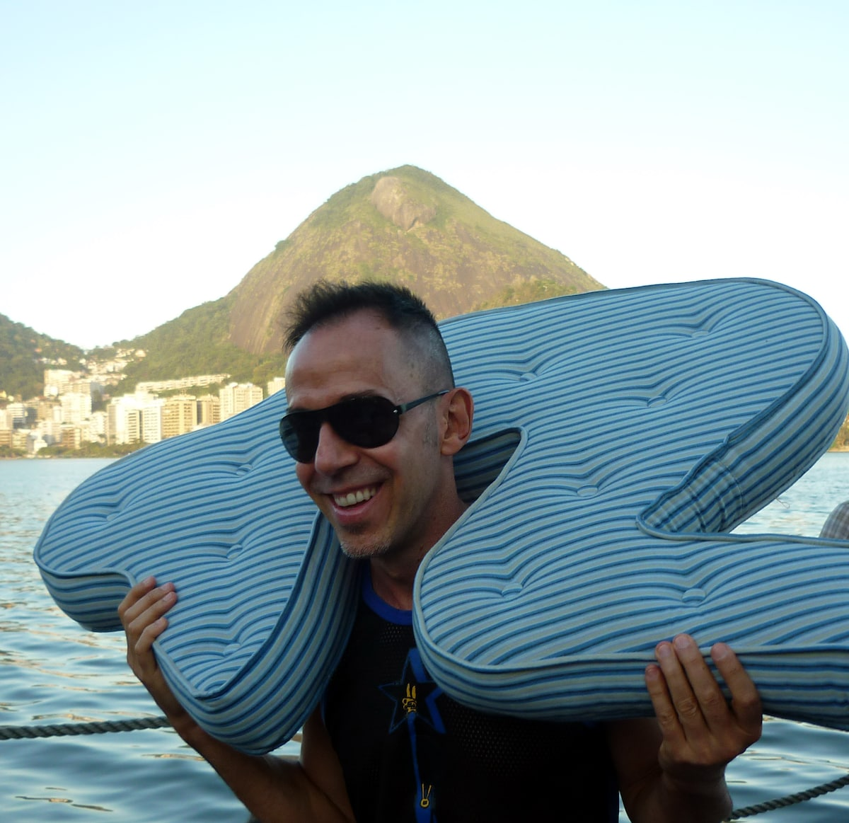 I am Ivo. I'm a fashion designer and I live in Rio