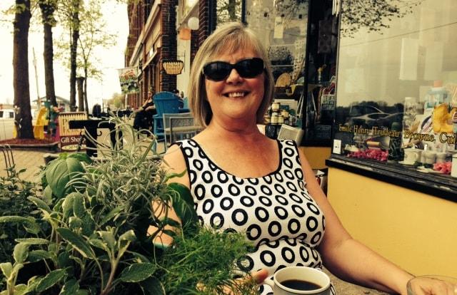Linda from Port Colborne