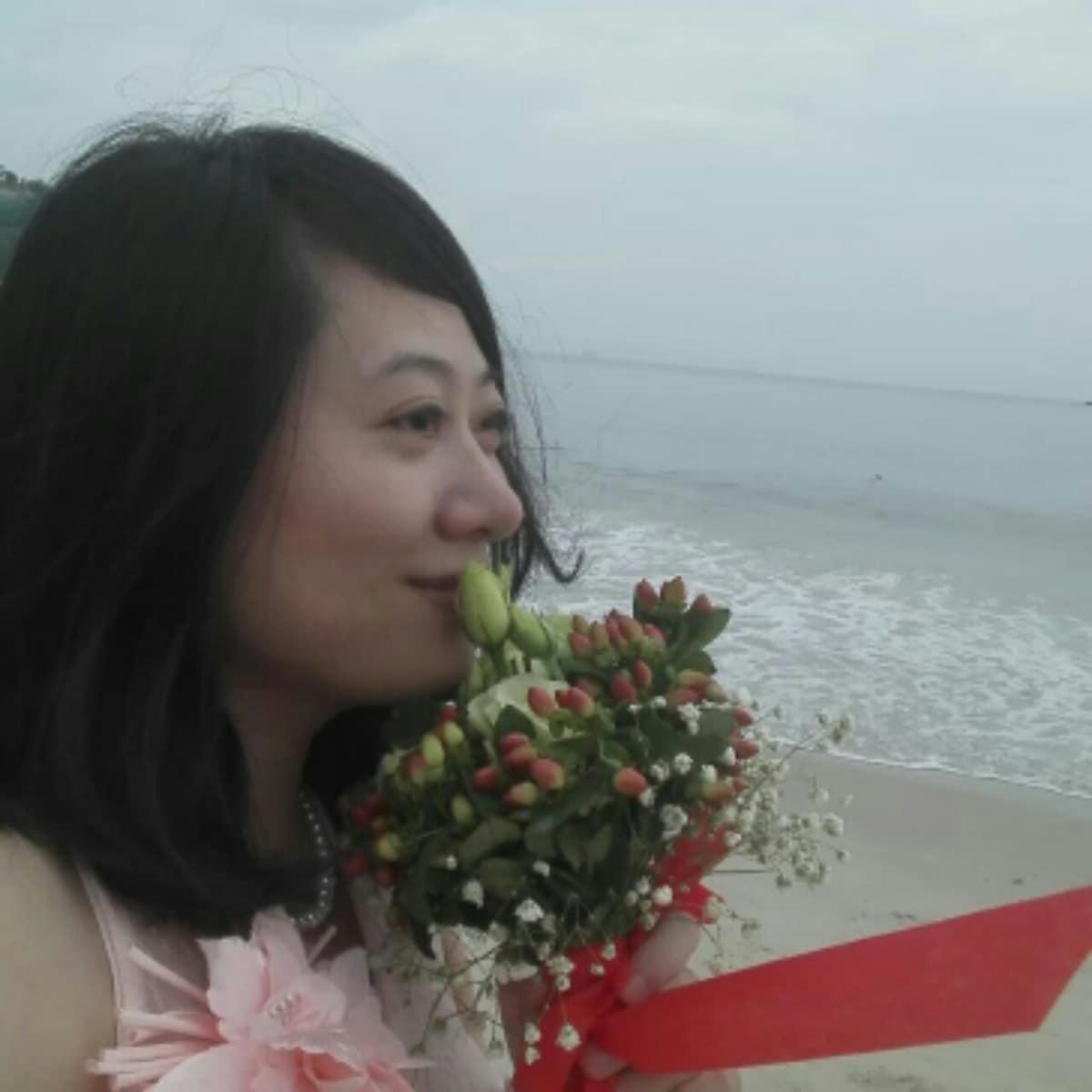 Cecilia from Shenzhen