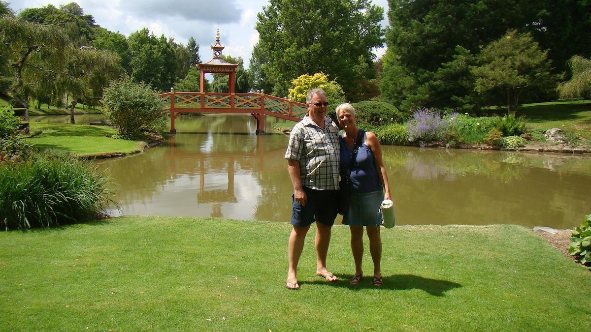 Wij zijn Anneke en Hans Tesselaar, wij zijn zelf w