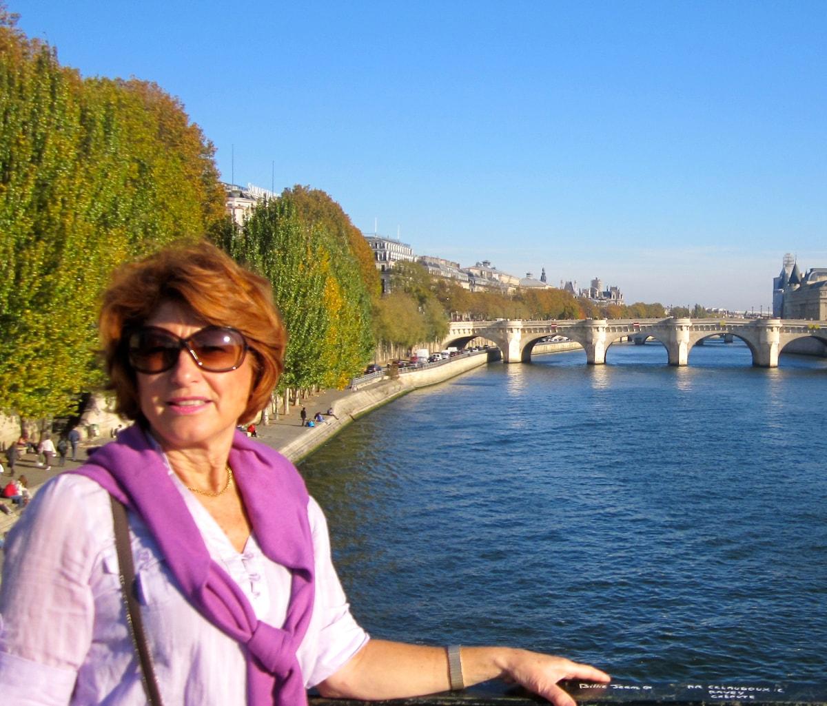 Lynda from Villedubert