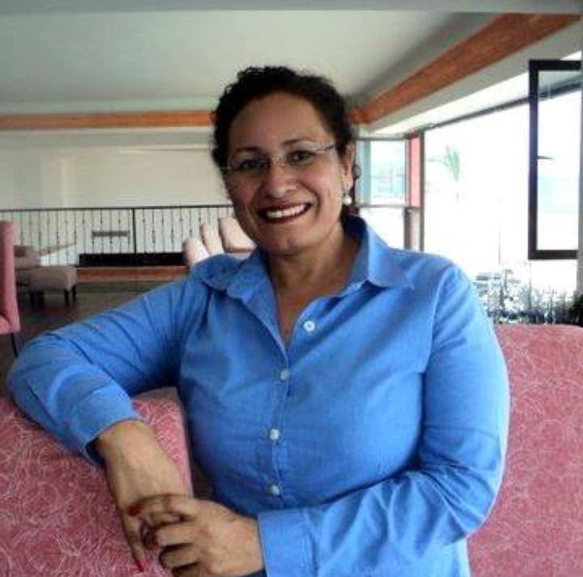 Maria Yolanda From La Paz, Mexico