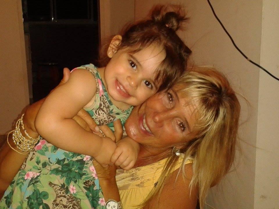Laura From Armação dos Búzios, Brazil
