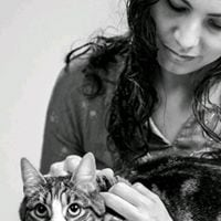 a writer, yogi and cat lover you can check me out