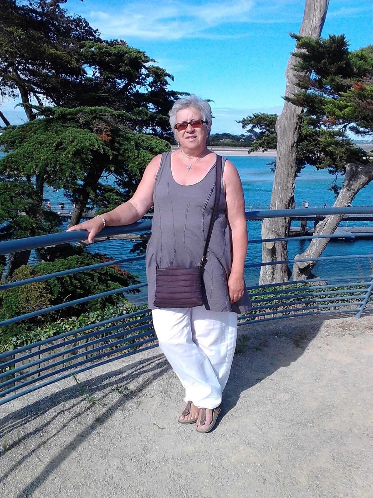 Martine from Grasse