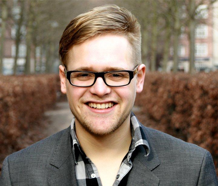 Ung journalist på Radio24syv. Jeg elsker at rejse,