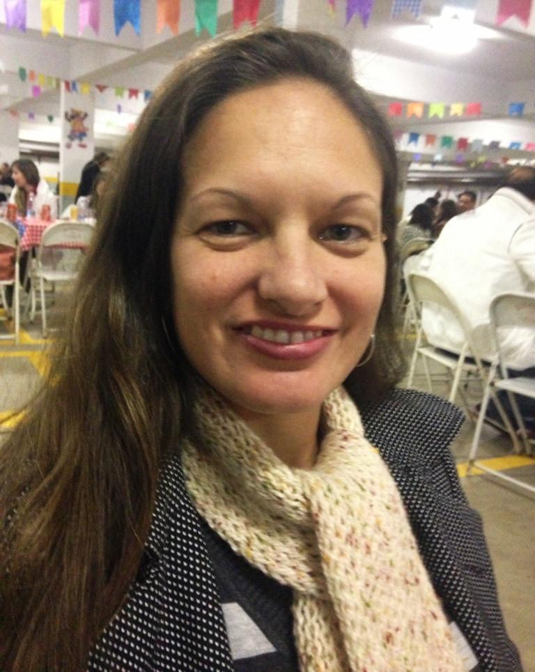 Elaine from Praia Grande