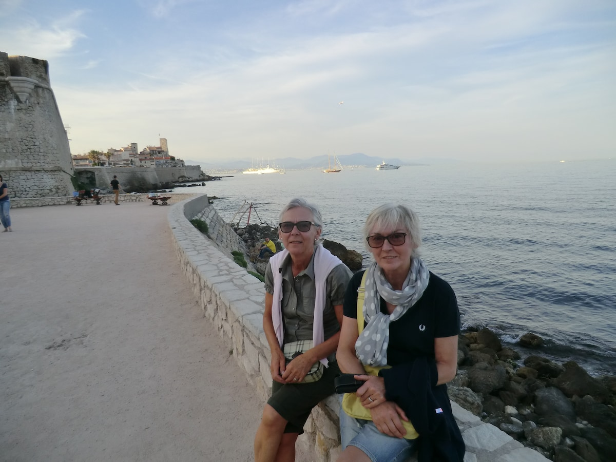 Marta From Antibes, France