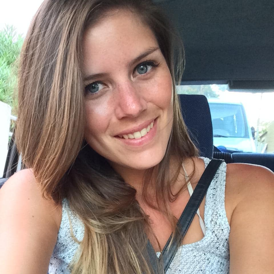 Laura From Saint-Chinian, France