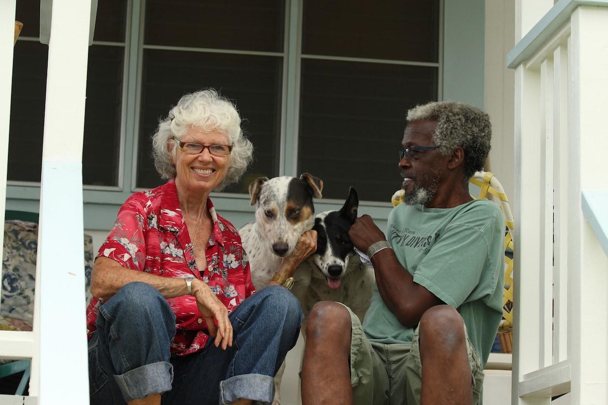 Sarah, David, Ku And Wailoa From Battle Ground, WA