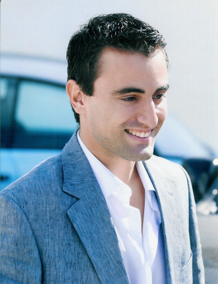 Hi I'm Nikos & I always enjoy helping people to ha